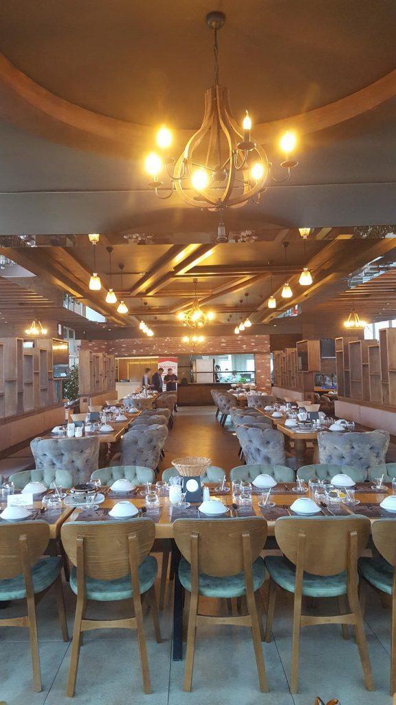 Rize Yakamoz Et ve Balık Restoranı Ahşap Tavan Dizaynı